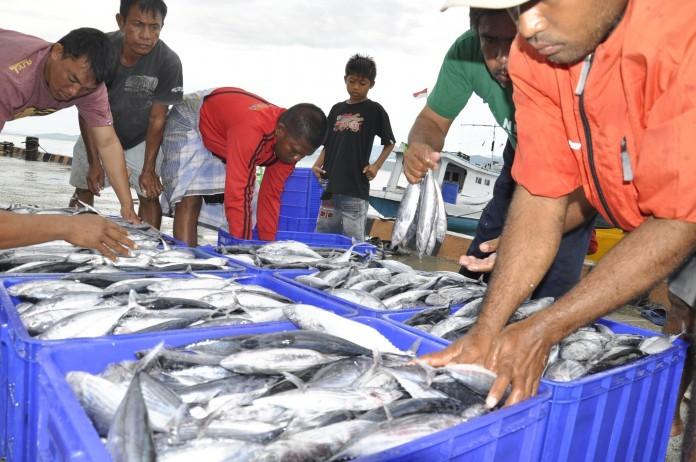 Menteri Edhy Tegaskan Negara Hadir untuk Nelayan
